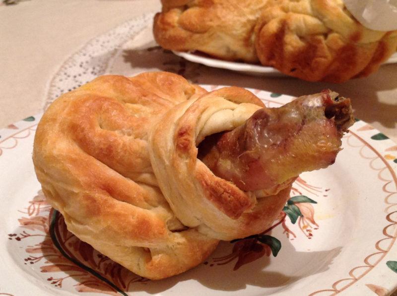 Куриные ножки в тесте с сырной начинкой