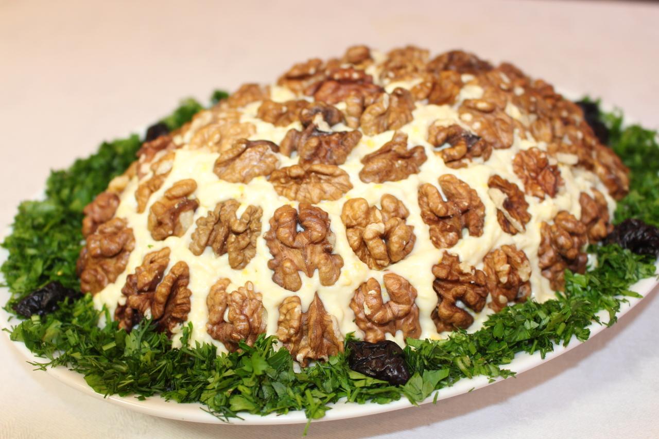 Салат Черепашка с курицей и грецкими орехами – 7 рецептов